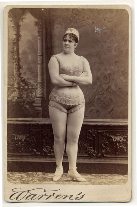 Exotic-Dancers-In-1800s-8